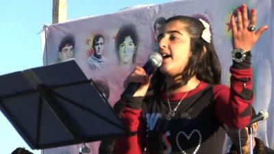 Şîrîn di cejna Newrozê de strana Welatê min Kurdistan e distre