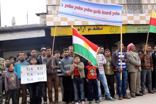 Xwepêşander solgana Yeke yeke yek gelê Kurd yeke hildane
