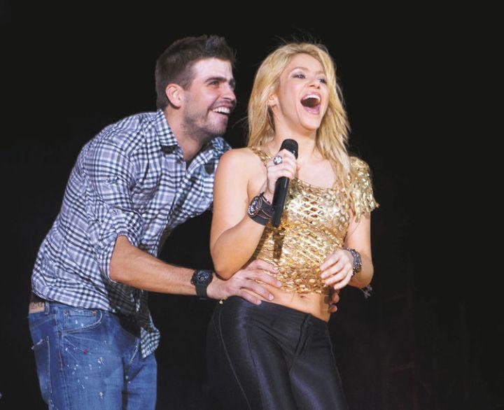 Shakira û Piqué di konserekî de li Barcelonayê 2011